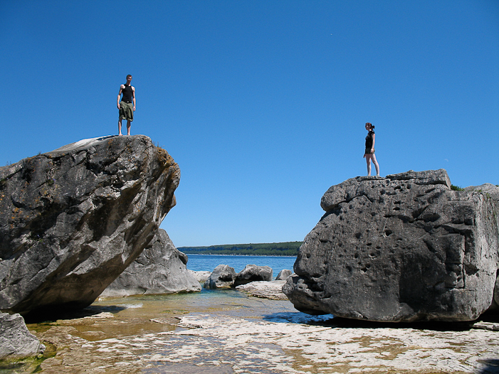Bouldering in BPNP. Photo courtesy OntarioTravel.net