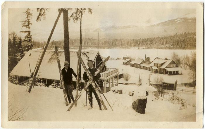 Rainbow Lodge guests. Courtesy Whistler Museum.