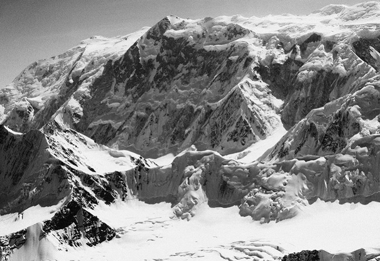 Mount Logan. 5,959 m (19,551 ft). Canada's Highest Peak.