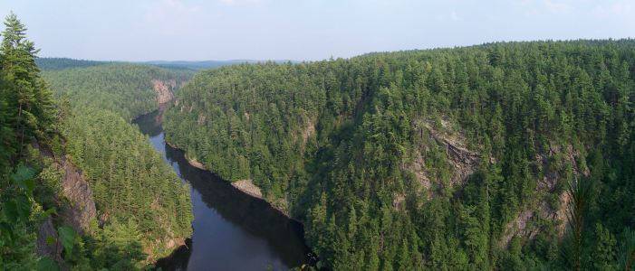 Barron Canyon, Algonquin Park. Courtesy Wikimedia Commons.