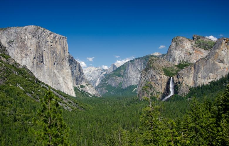 The Yosemite Valley, California. Via Wikimedia Commons.