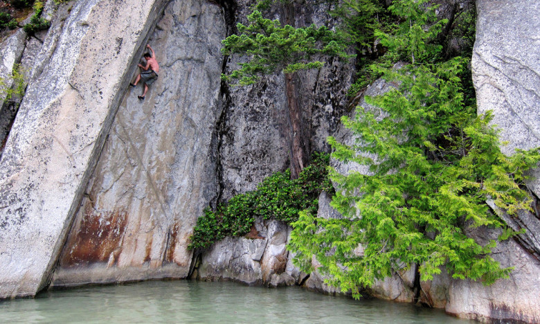 Chris Weldon image Andrew Boyd free soloing an amazing crack on the Howe Sound