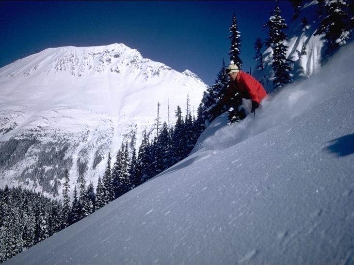 Ski out through Wedge Crk 03-CJ