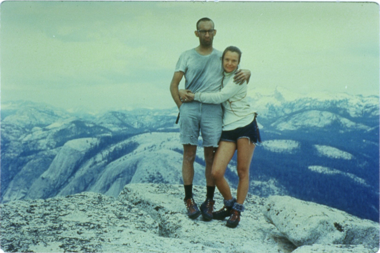Royal-and-Liz-atop-Half-Dome-1967-Color-e1453344728992