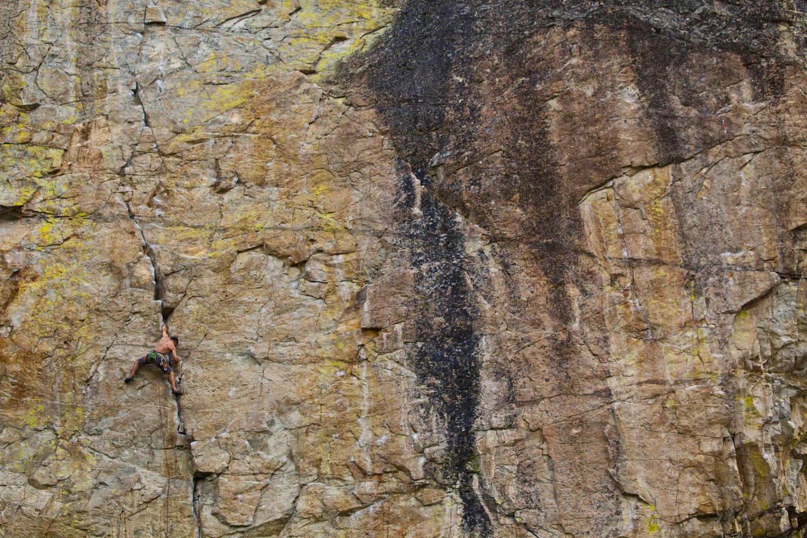 Marco Delesalle, Snake Bite 11d, Skaha Penticton, BC