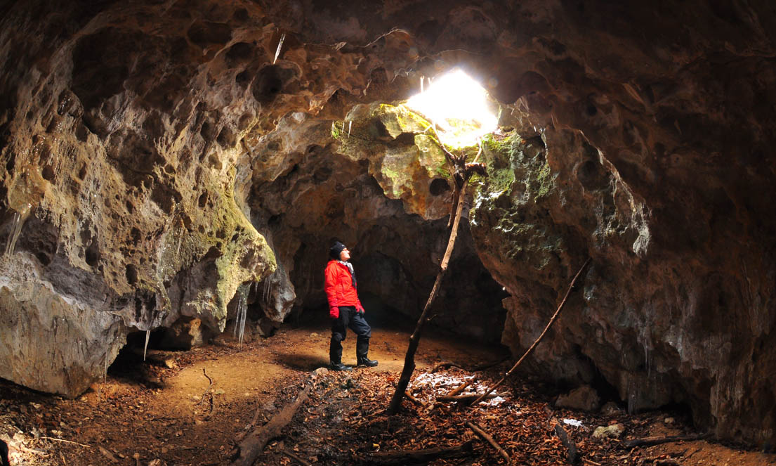 Unamed Cave - Bruce Peninsula-ww-4834_edited-1