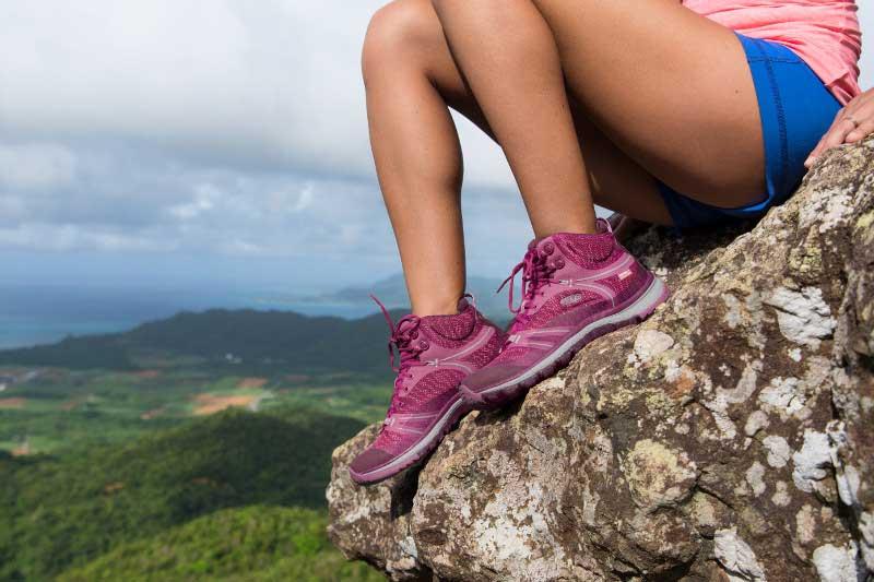 win keen womens terradora with mountain life
