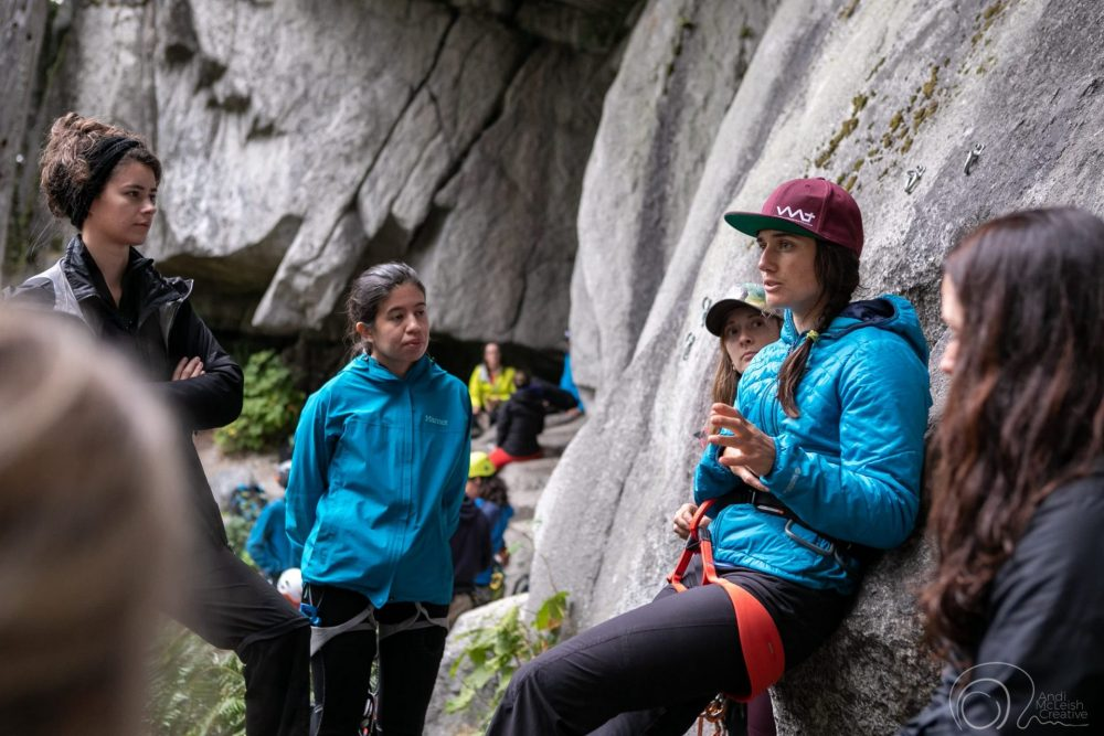 Gym to Crag Clinic with Guides Katie Oram & Leanne Belcourt