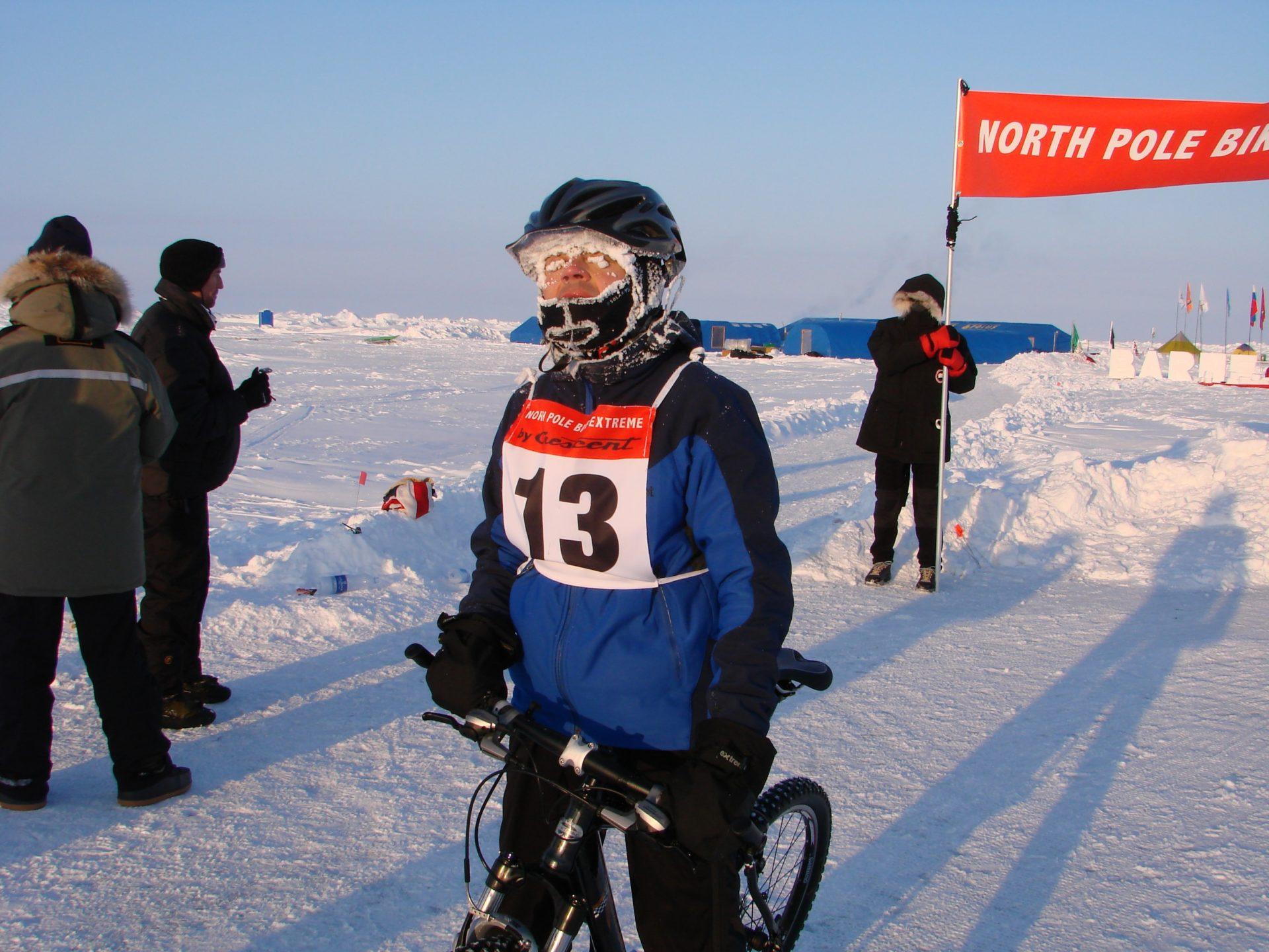 Jukka about to bike a marathon on the North Pole