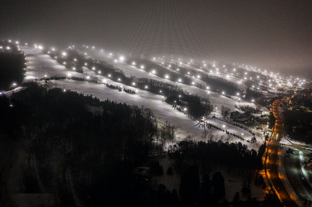 COVID-19-Update-Winter-Operations-at-Blue-Mountain-Resort-drone-night-Nelson-Phillips
