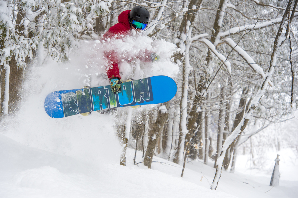 COVID-19-Update-Winter-Operations-at-Blue-Mountain-Resort-snowboarder-ollie