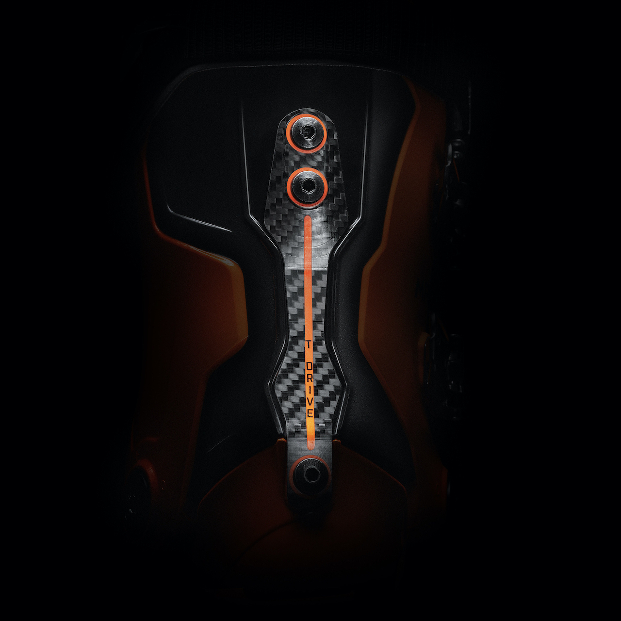 Blizzards-New-All-mountain-Skis-Tecnica-MACH1-BOOT-back-detail