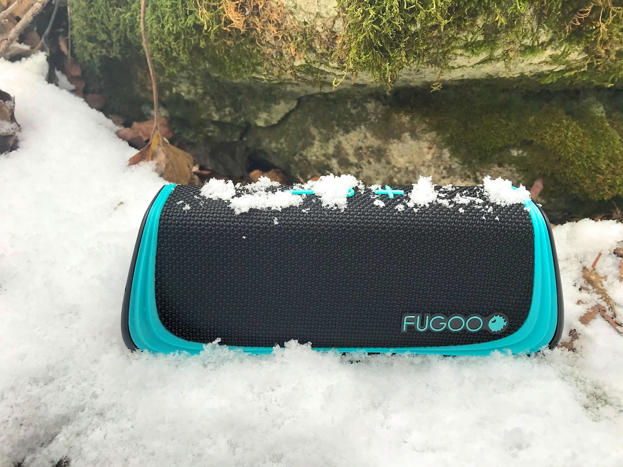 Fugoo-2.0-Series-Affordable-Awesome-Bluetooth-Speakers-Sport-2.0-snow