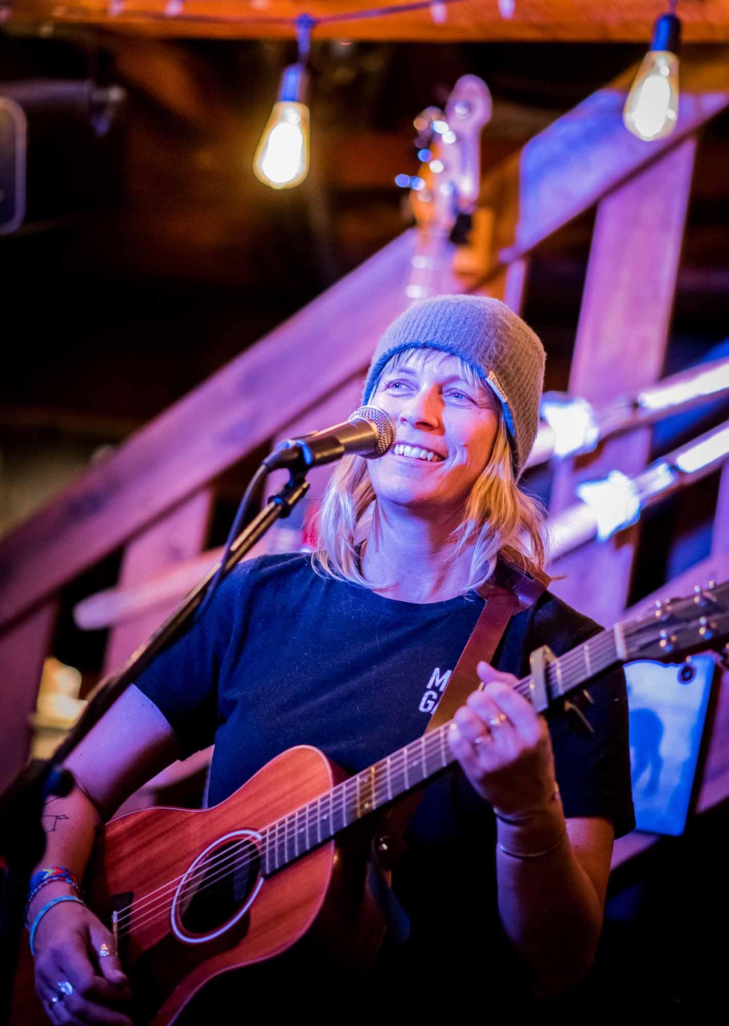 Into-the-Great-White-Open-Moms-Shred-Golden-BC-Kristin-Schnelten-Jam-Night-Guitar