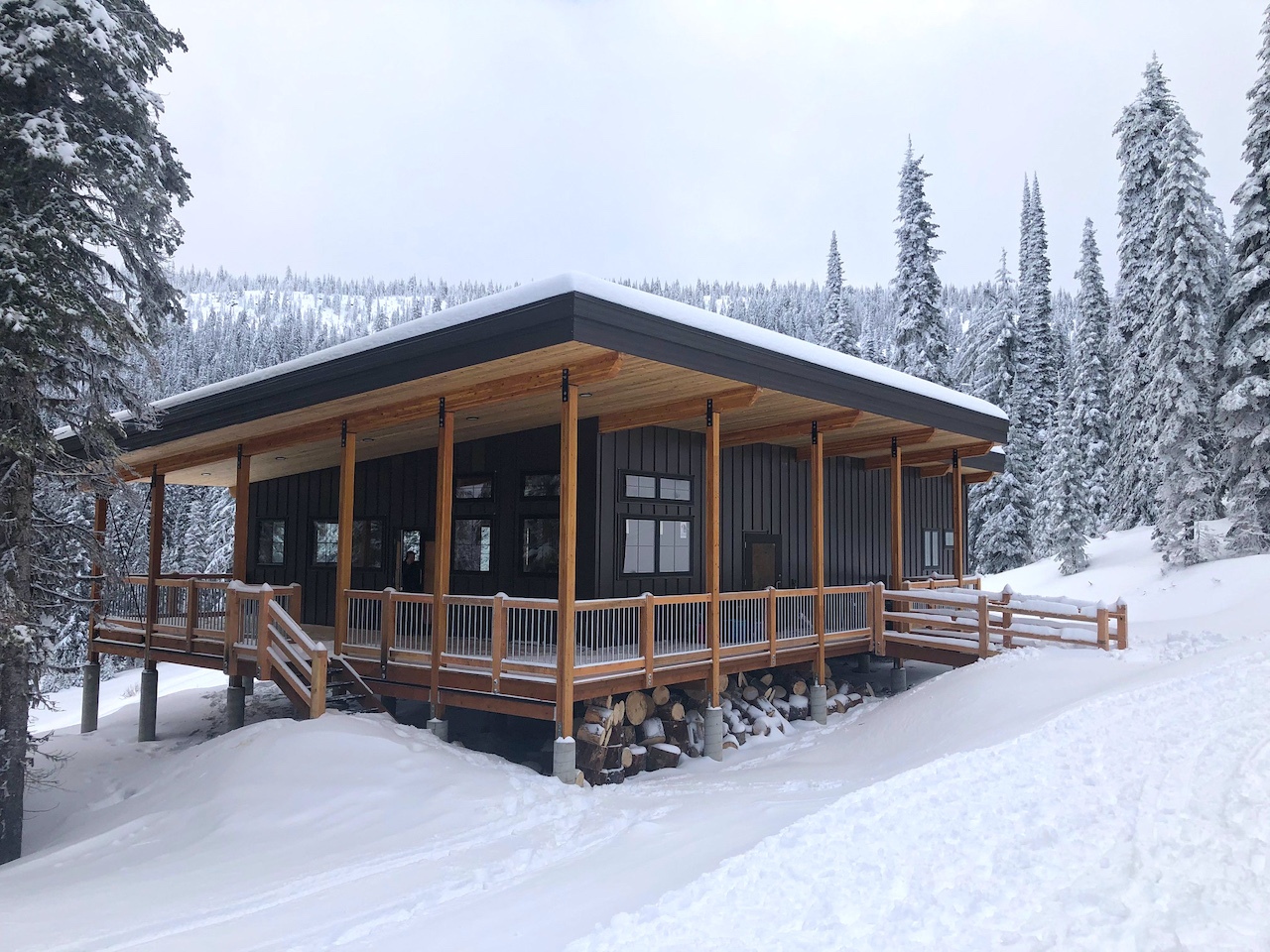 Meet-Constella-A-New-On-Mountain-Cabin-Experience-at-RED-new-clubhouse