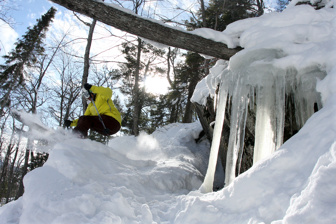 Mount-Bohemia-Champagne-Pow-on-a-Beer-Budget-JTRobinson2-skier-icycles