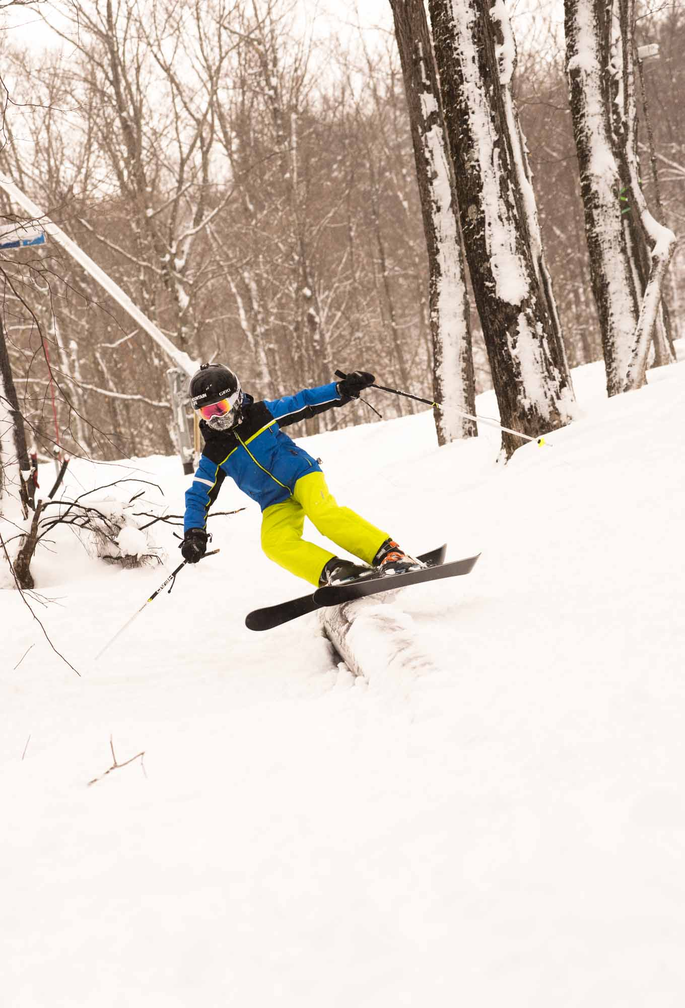 Pow-Immersion-Fathers-and-Sons-Quebec-Bro-down-Glen-Harris-tree-skiing