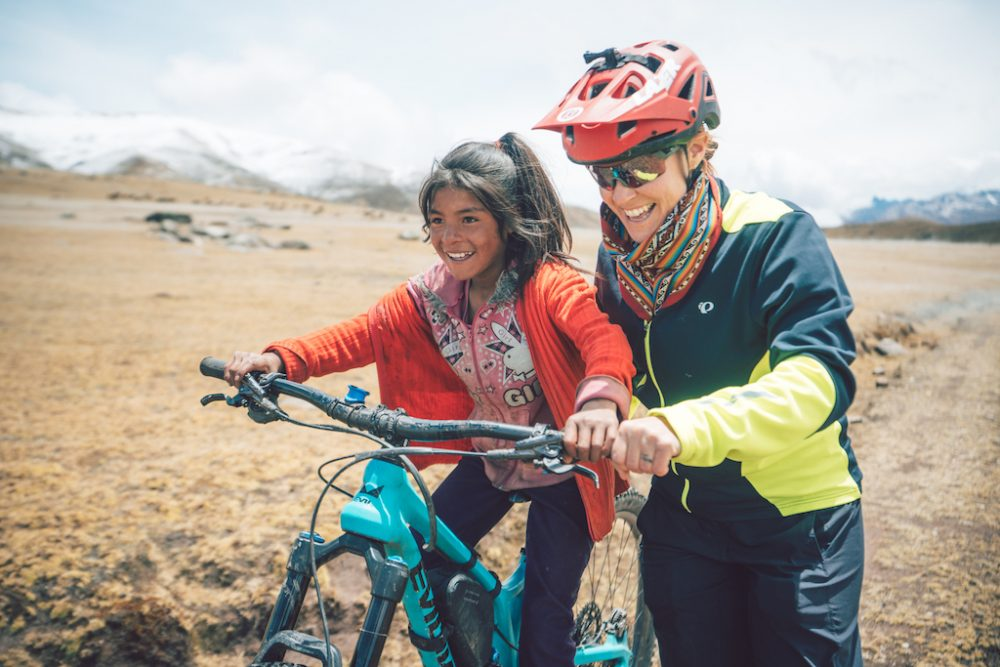She-Summits-Opens-Dialogue-about-Femininity-in-the-Outdoors-Elladee-peru