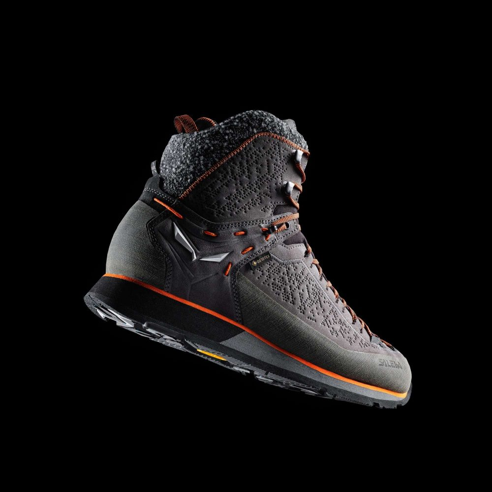 Tradition-Innovation-Salewa-Mountain-Trainer-2-Winter-Boot-airborne-black-background