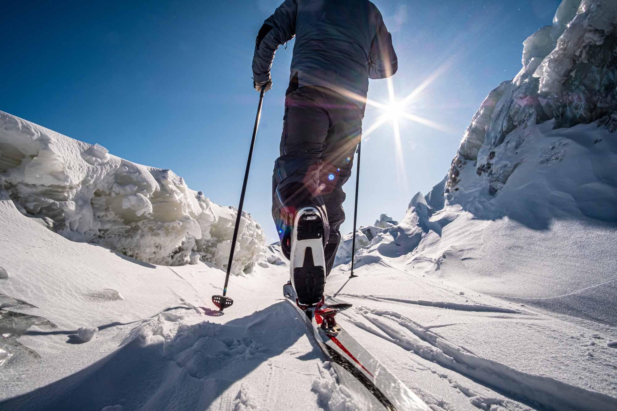 Arctique-quebecois-Lecons-de-Kuujjuaq-Quebecs-Arctic-Daniel-Keith-Cooper-NUNAVIK-2020-ski