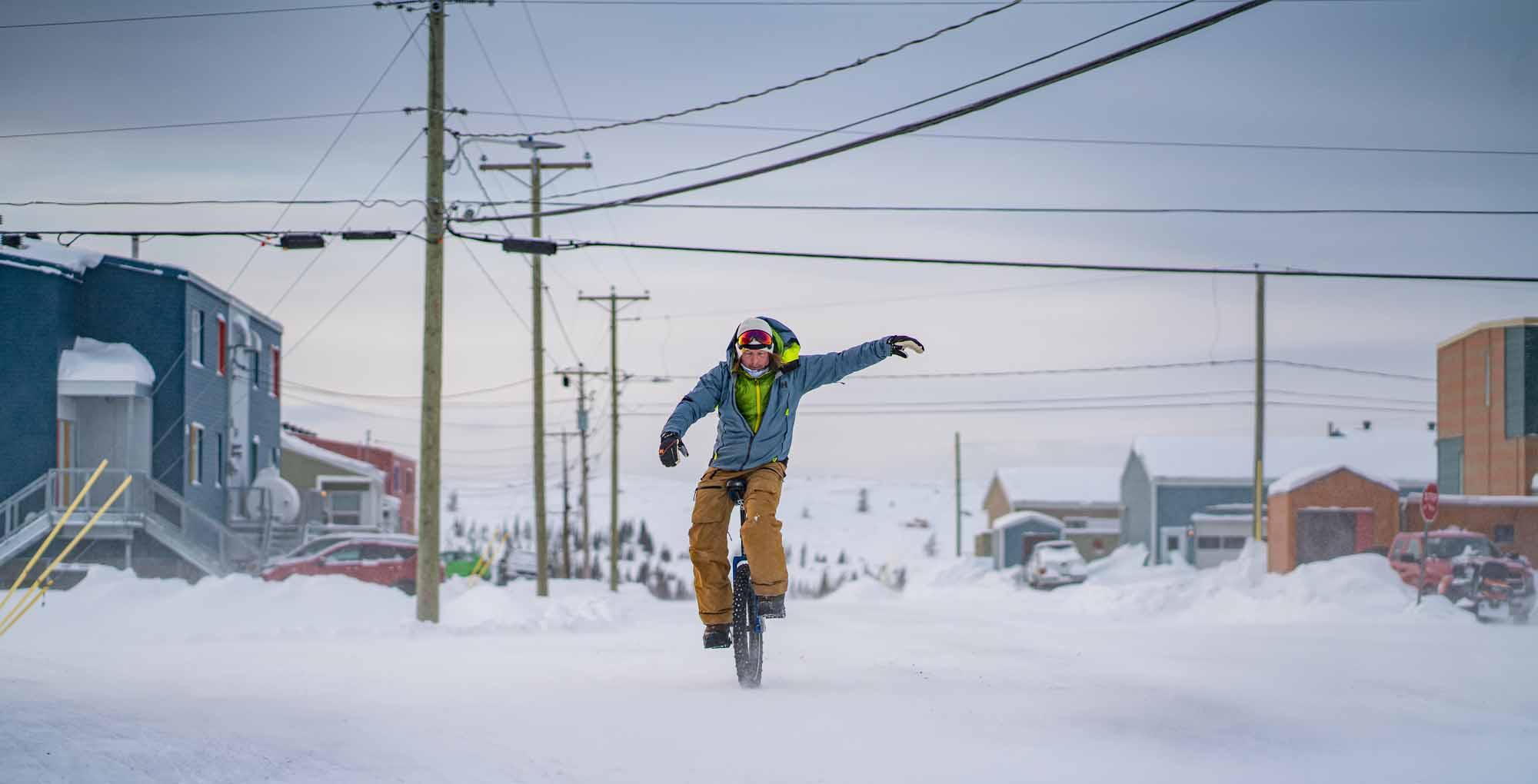 Arctique-quebecois-Lecons-de-Kuujjuaq-Quebecs-Arctic-Daniel-Keith-Cooper-NUNAVIK-2020-unicycle-winter-townscape