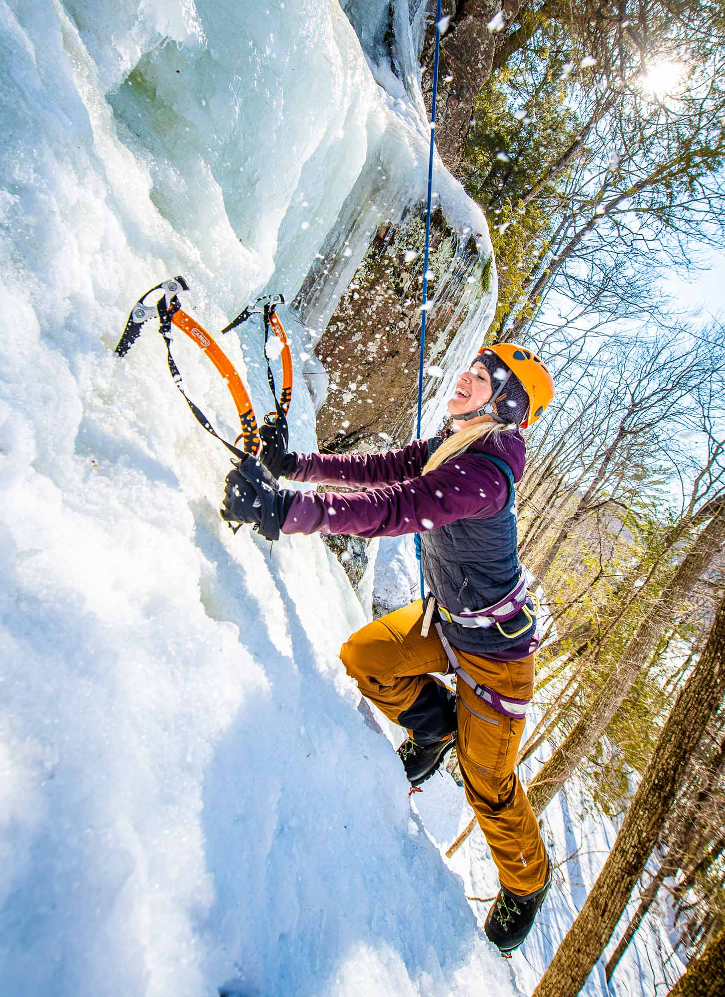 Ice-Flow-Making-Connections-on-Frozen-Waterfalls-climber-Bre-Robertson-photo-by-Kristin-Schnelten