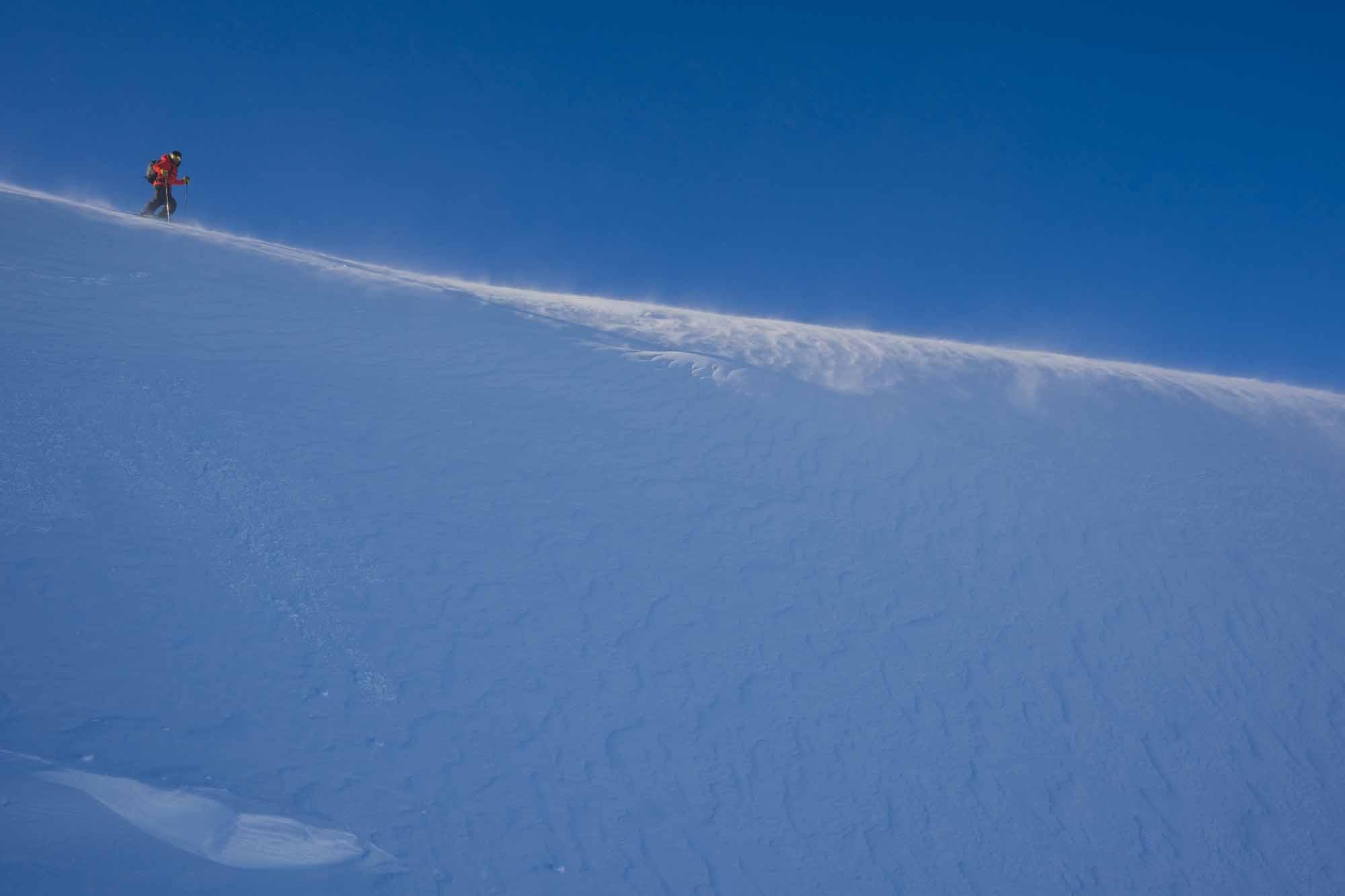 Entre-glace-et-bordees-Les-ceintures-de-neige-Snow-Belts-photo-by-Alain-Denis