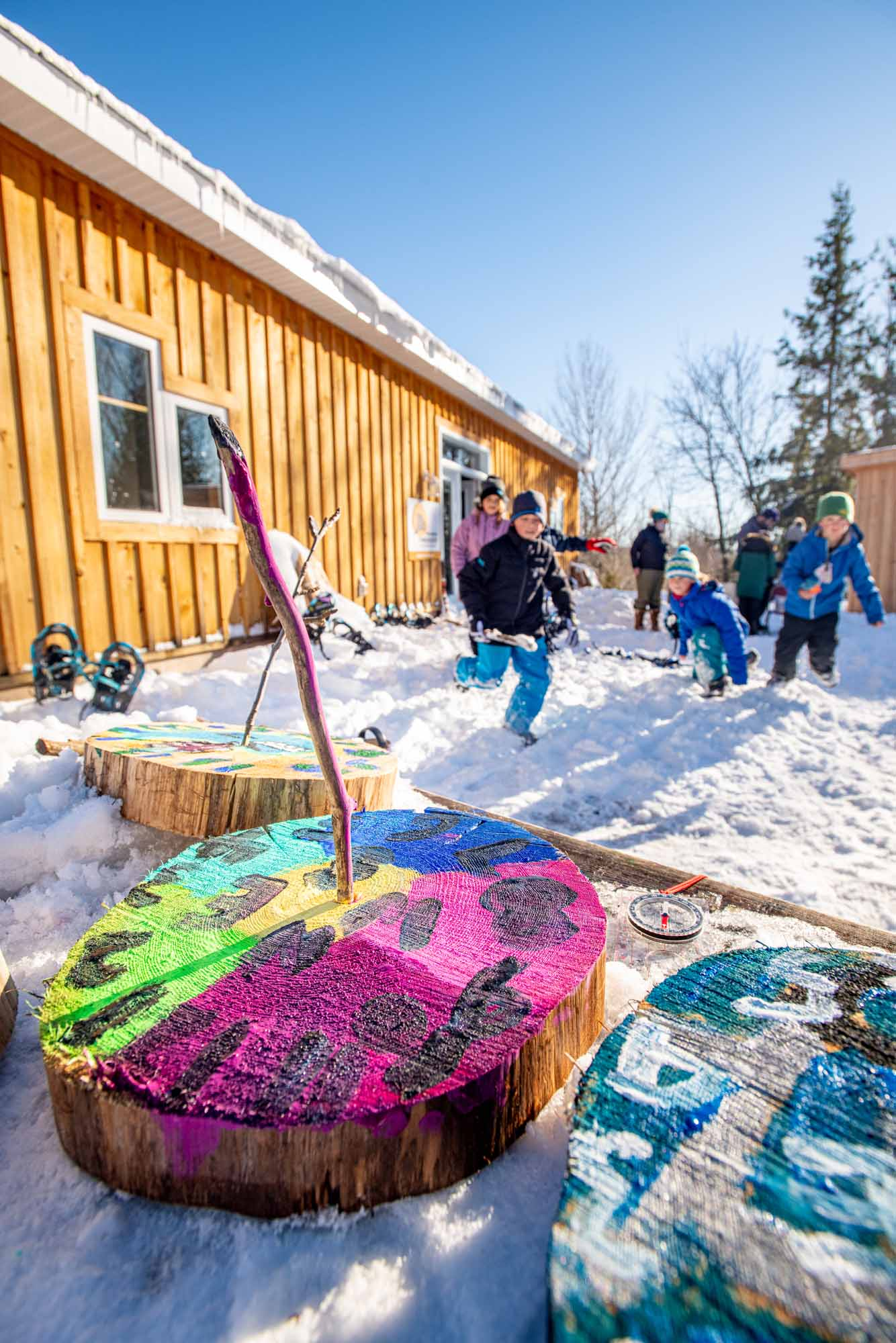 Nature-as-Teacher-Outdoor-Schools-Bring-Learning-Into-the-Elements-photo-by-Kristin-Schnelten-kids-running