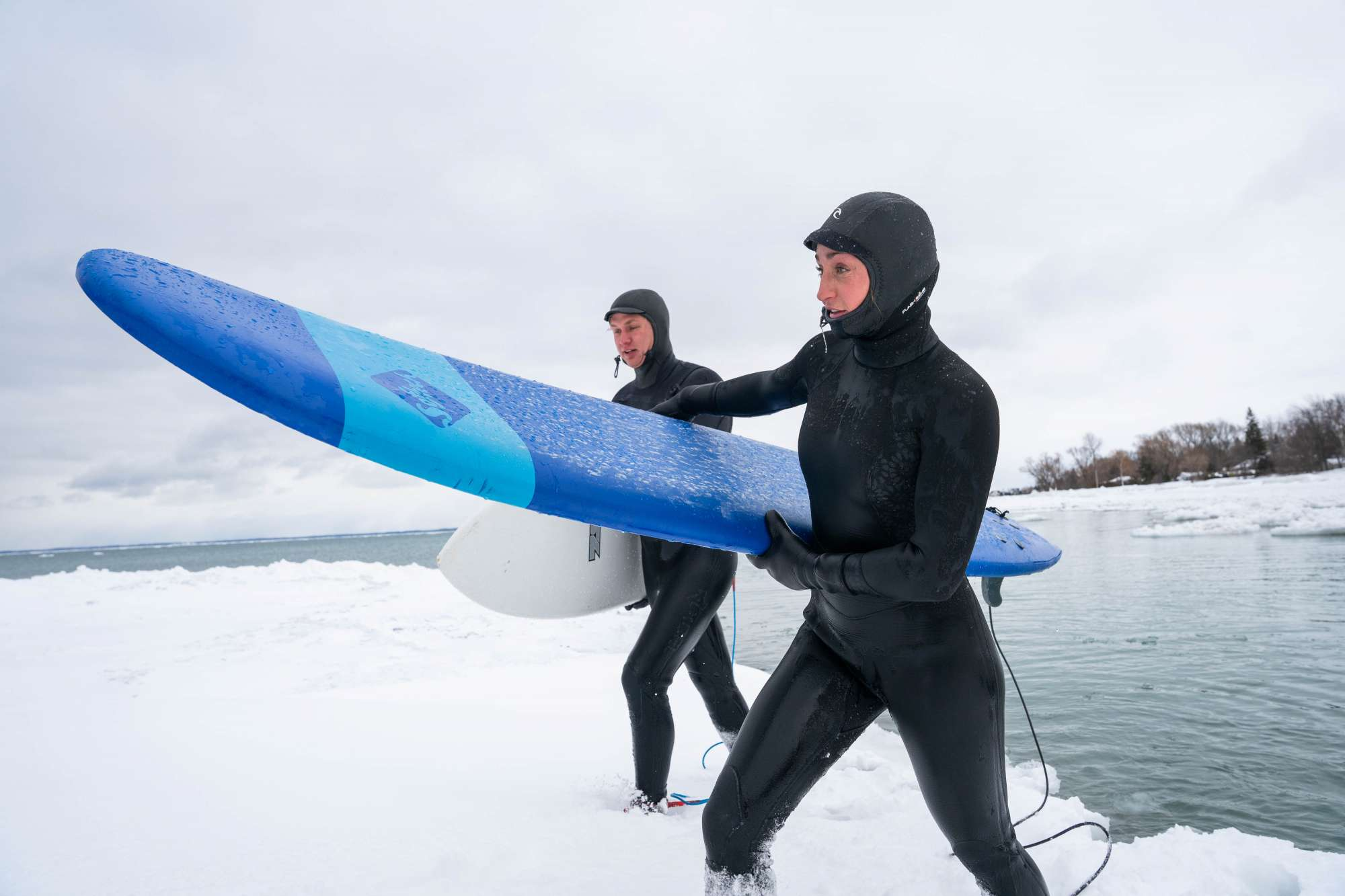 Cold water surfing