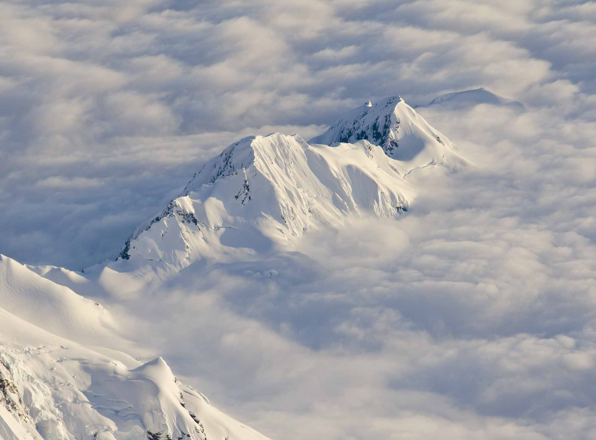 Mount-Not-So-Fairweather-clouds-photo-by-Steve-Ogle