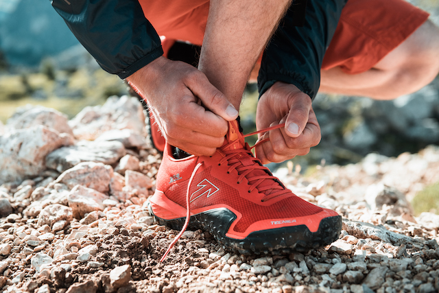 One-Quiver-Trail-Shoe-Tecnica-Magma-mens-lacing