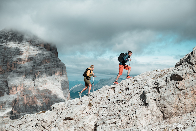 One-Quiver-Trail-Shoe-Tecnica-Magma-two-hikers-mountain-route