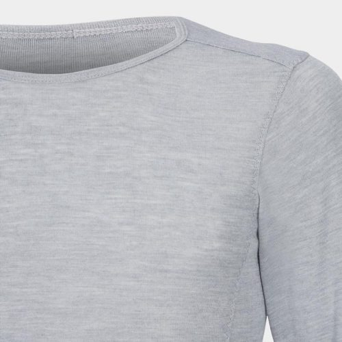 Second-skin-baselayer-close-up-KORA_46_GREY